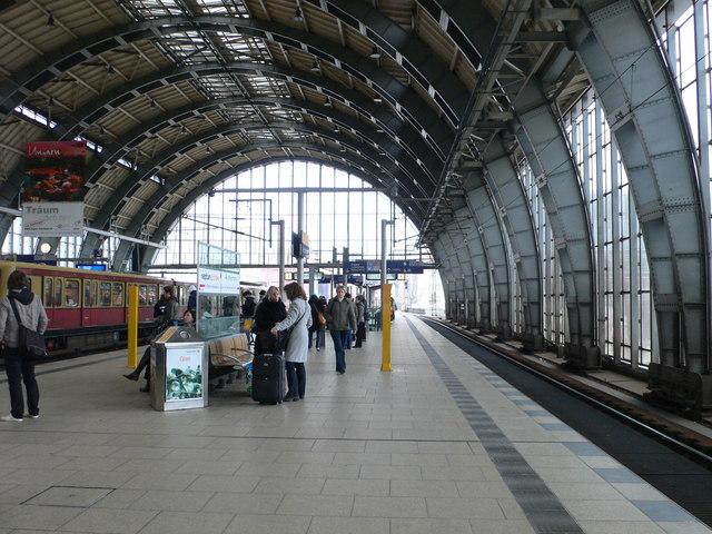 Gleis 1, Alexanderplatz