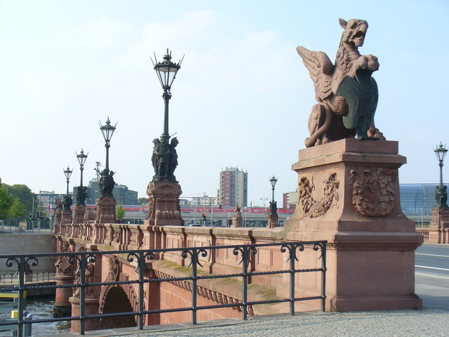 Moltke-Brücke