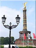 UUU8819 : Siegessäule by Colin Smith