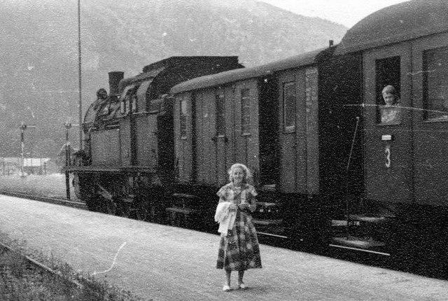 Personenzug nach Holzkirchen