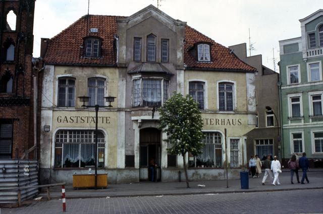 Gaststätte Reuterhaus, Am Markt, Wismar, DDR