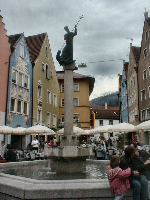 Heiliger Magnus und Drachen (Fountain with statue of St Magnus slaying a dragon)
