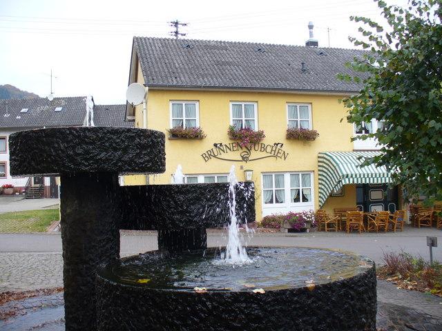 Brunnen, Meerfeld