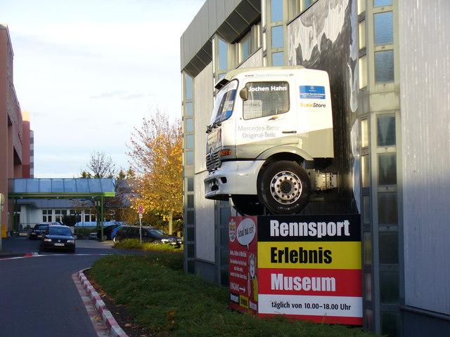 Kunst und Witz, Nuerburgring