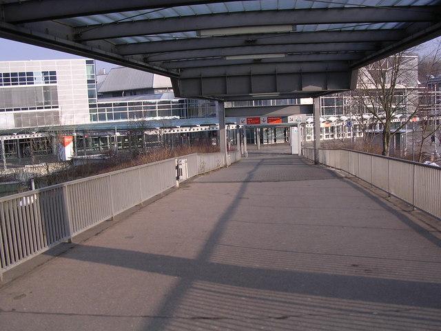 Fußgängerbrücke zum Messezentrum, Nürnberg (Footbridge to Messe Centrum, Nurnberg)
