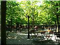 UMA7626 : Biergarten, Kastanienallee, Darmstadt von Brian Robert Marshall