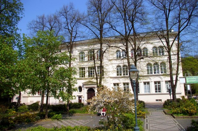 Ehemaliges Goethe-Gymnasium (Former Goethe High School)