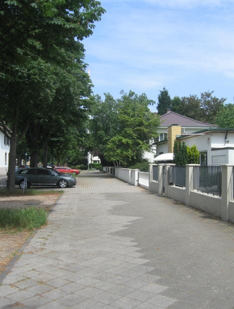 Bürgersteig, Leibnizstraße