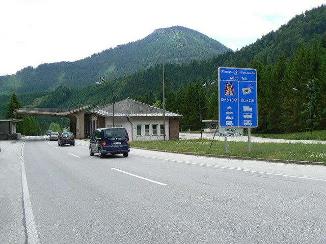 Ehemaliges Zollamt (Former customs post)