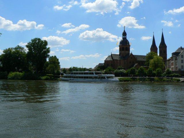 Seligenstadt, jenseits der Main