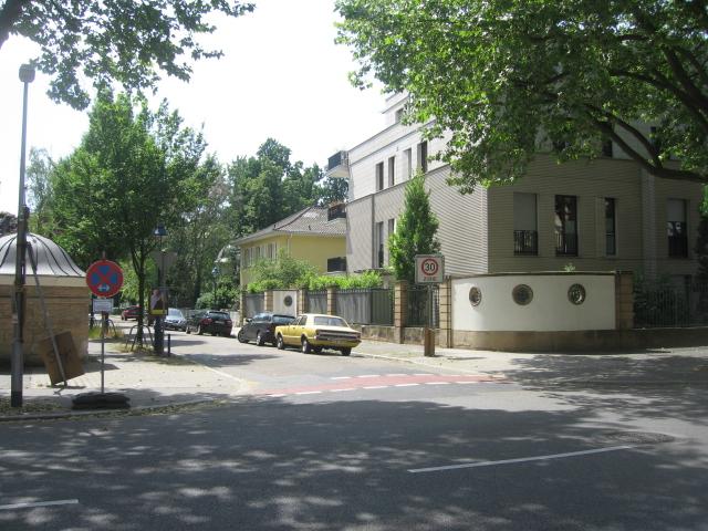 Leibnizstraße / Am Oberen Luisenpark