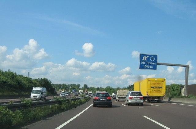 Oberhausen-Holten: 1km