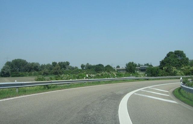 Autobahnauffahrt (A650/A61)