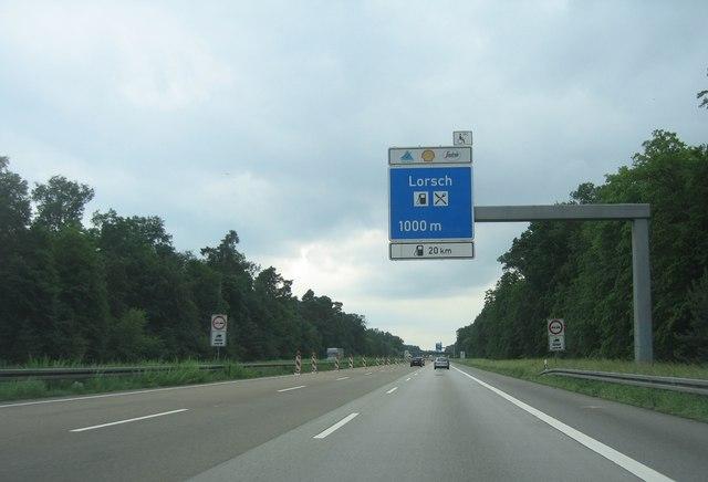 Lorsch Autobahnraststätte - 1000m