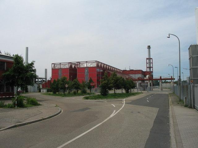 Stillgelegte Thermoselect-Müllverbrennungsanlage der EnBW im Karlsruher Rheinhafen