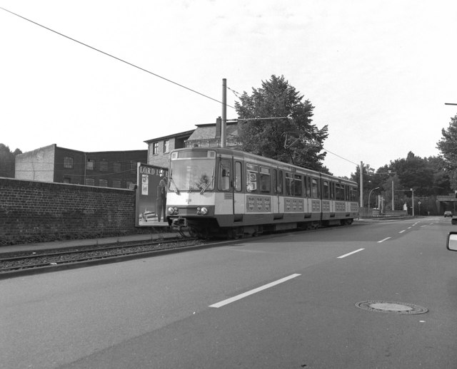 Tram at Belzelrath, Koln