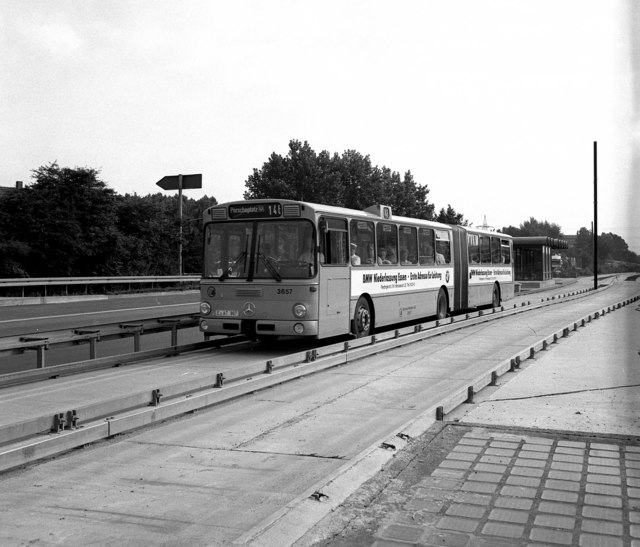Duobus at Frillendorferplatz, Essen