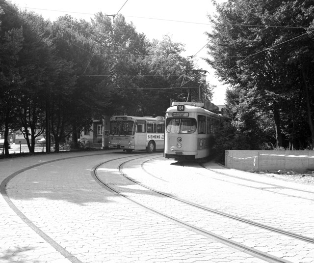 Essen tram at Rellinghausen