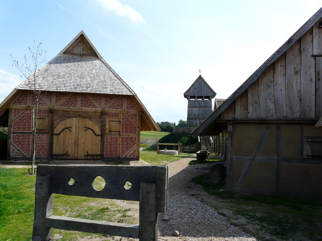 Lütjenburg - Turmhügelburg (Luetjenburg - 12th century fort)