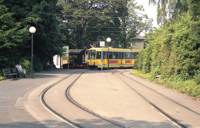 Route 127 tram at Bredeney