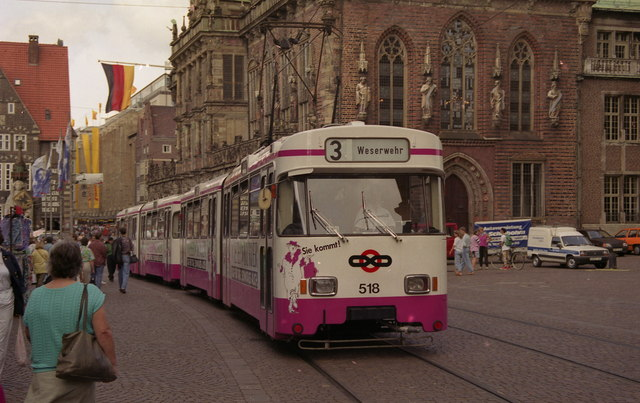 Tram on Route 3 passing Bremen Rathaus