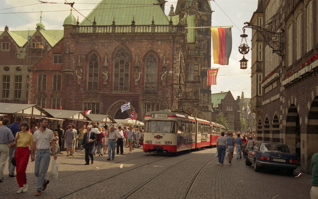 Bremen Rathaus and tram on Route 3