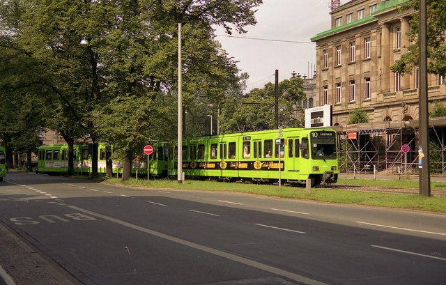 Tram leaving the Hauptbahnhof stop
