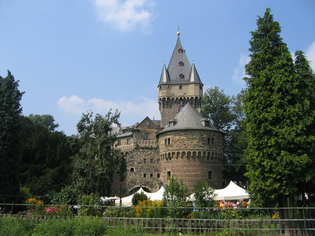 Hülchrath - Schloss (Huelchrath - castle)