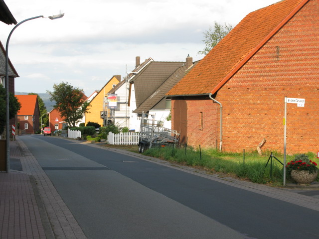 View along Herkendorfer Str