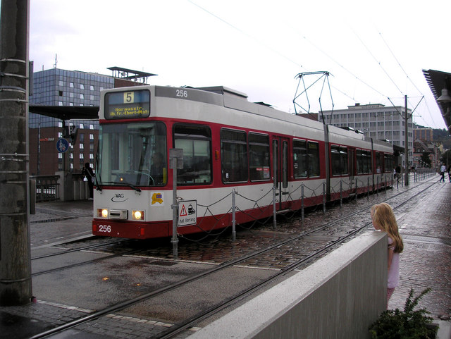 Freiburg: tram on bridge over Hbf