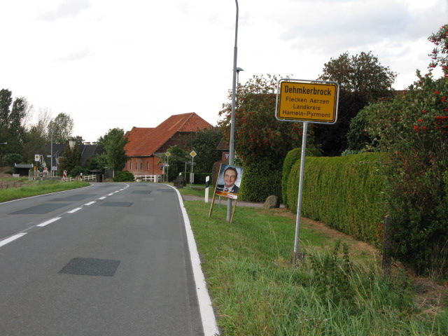 Entering the village of Dehmkerbrock