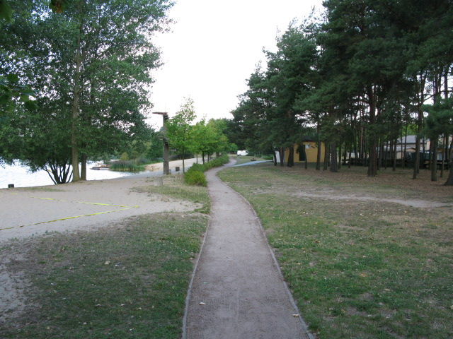 Path along the shore at camping Niegripper See