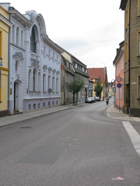 View along Zerbster Str.