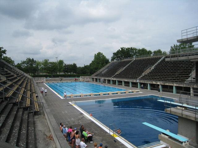 Das Olympische Schwimmbecken   Berlin
