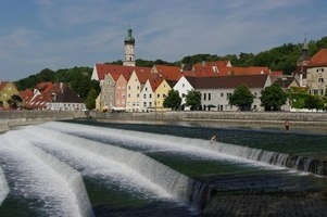 lechwehr in landsberg mgrs 32upu3923 geograph deutschland. Black Bedroom Furniture Sets. Home Design Ideas