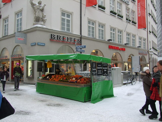 Fruit seller at junction of Kaufingerstrasse and Liebfrauenstrasse Munich