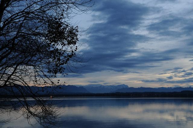 Starnberger See und Zugspitze von Ambach aus gesehen:: MGRS ...