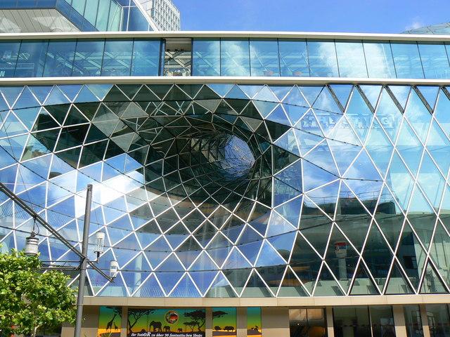 Front Elevation Commercial Complex : Vorderansicht des myzeil frankfurt front elevation of