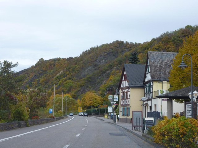 B49 in Niederfell and der Mosel.