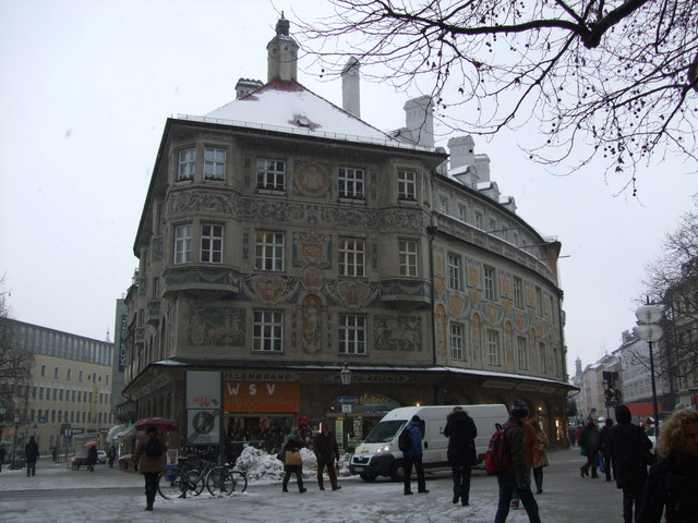 Baroque styled building on Rindermarkt