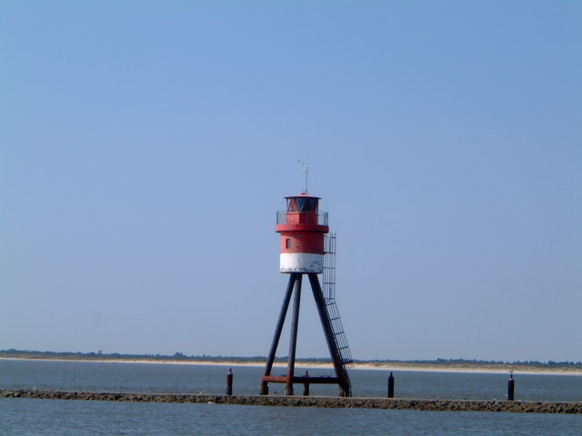 Leuchtturm @ leitdamm, Borkum (Lighthouse on end of fischerbalje chanel)