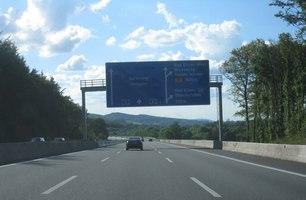 A2 Kreuz 35 Bad Eilsen 500m Mgrs 32unc0985