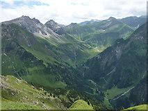 Blick vom Laufbacher-Eck-Weg zum Stuibenfall