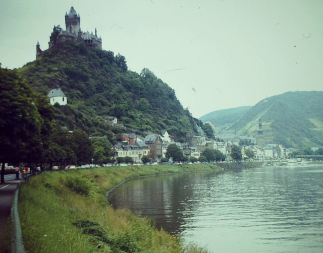 Moselufer Cochem (Moselle River bank, Cochem)