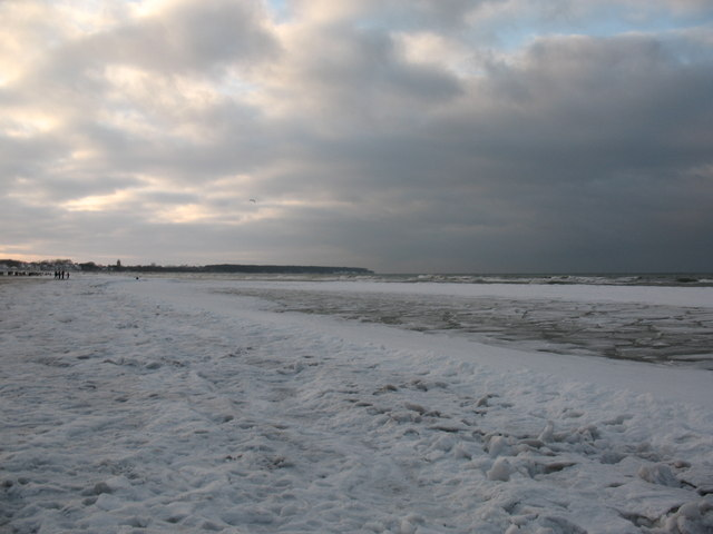 Warnemünder Strand im Winter
