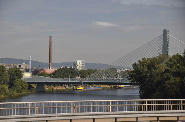 Frankfurt District : The River Main