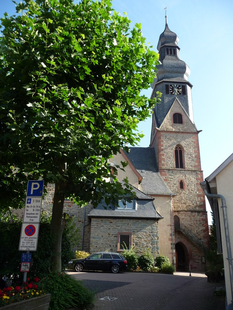 Hofheim am Taunus : St Peter & Paul Church