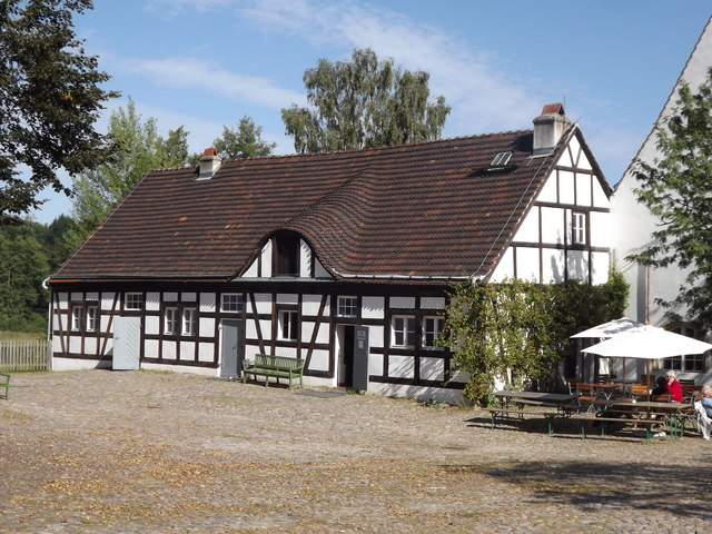 Jagdschloss Grunewald - Fachwerkhaus (Grunewald Hunting Lodge - Timber-framed House)