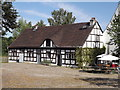UUU8114 : Jagdschloss Grunewald - Fachwerkhaus (Grunewald Hunting Lodge - Timber-framed House) von Colin Smith