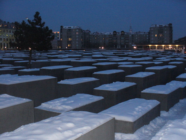 Berlin - Holocaust Mahnmal (Holocaust Memorial)